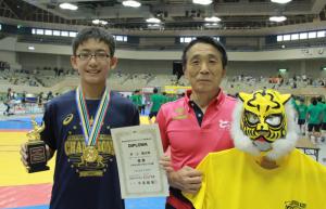 井上輪太郎(左)